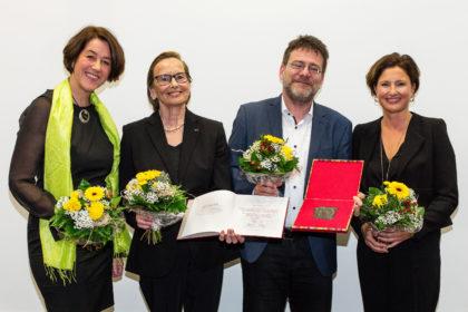 Gruppenfoto Preisträger Heinrich Pera
