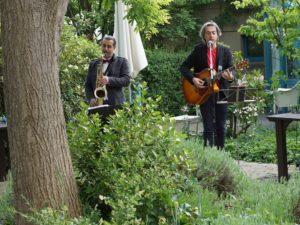 Gartenkonzert mit dem Duo Palmittessa /Erario