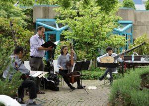 Erstes Sommerkonzert im Garten des Dr. Mildred Scheel Hauses